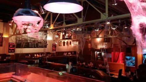La salle climatisée du Dakota restaurant à toulon